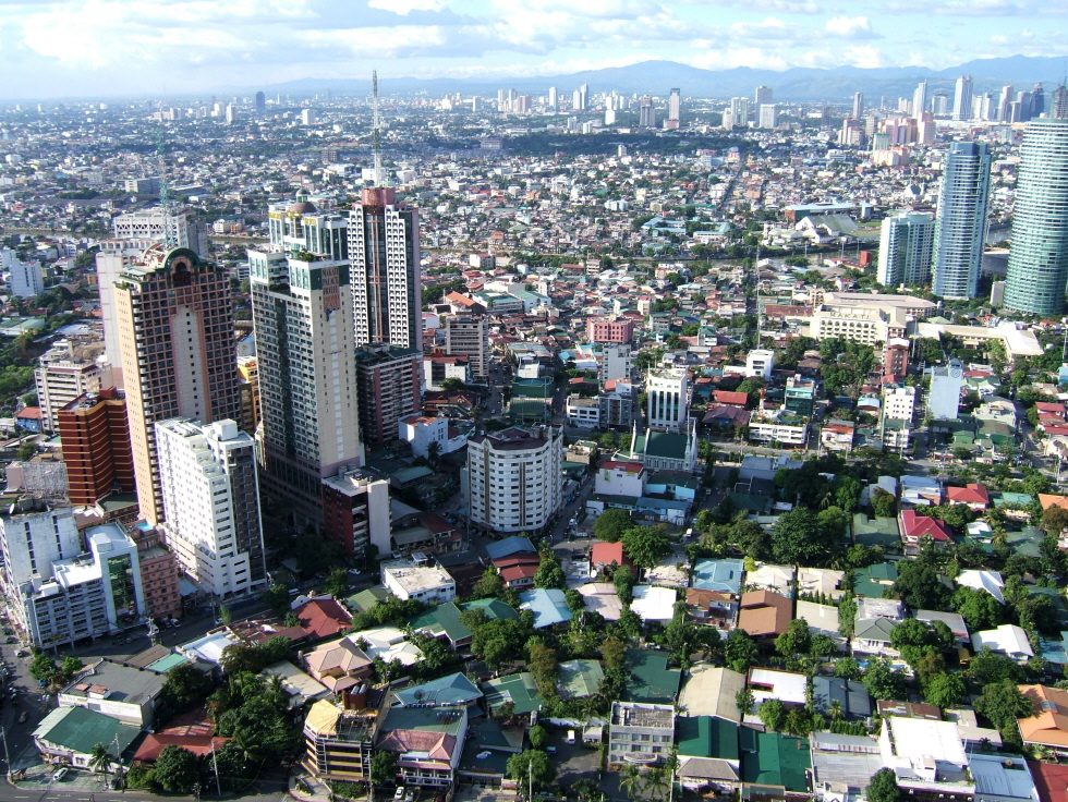 Manila-Skyline-Makati-Citadel-Apartments-Jul-2005-01.JPG