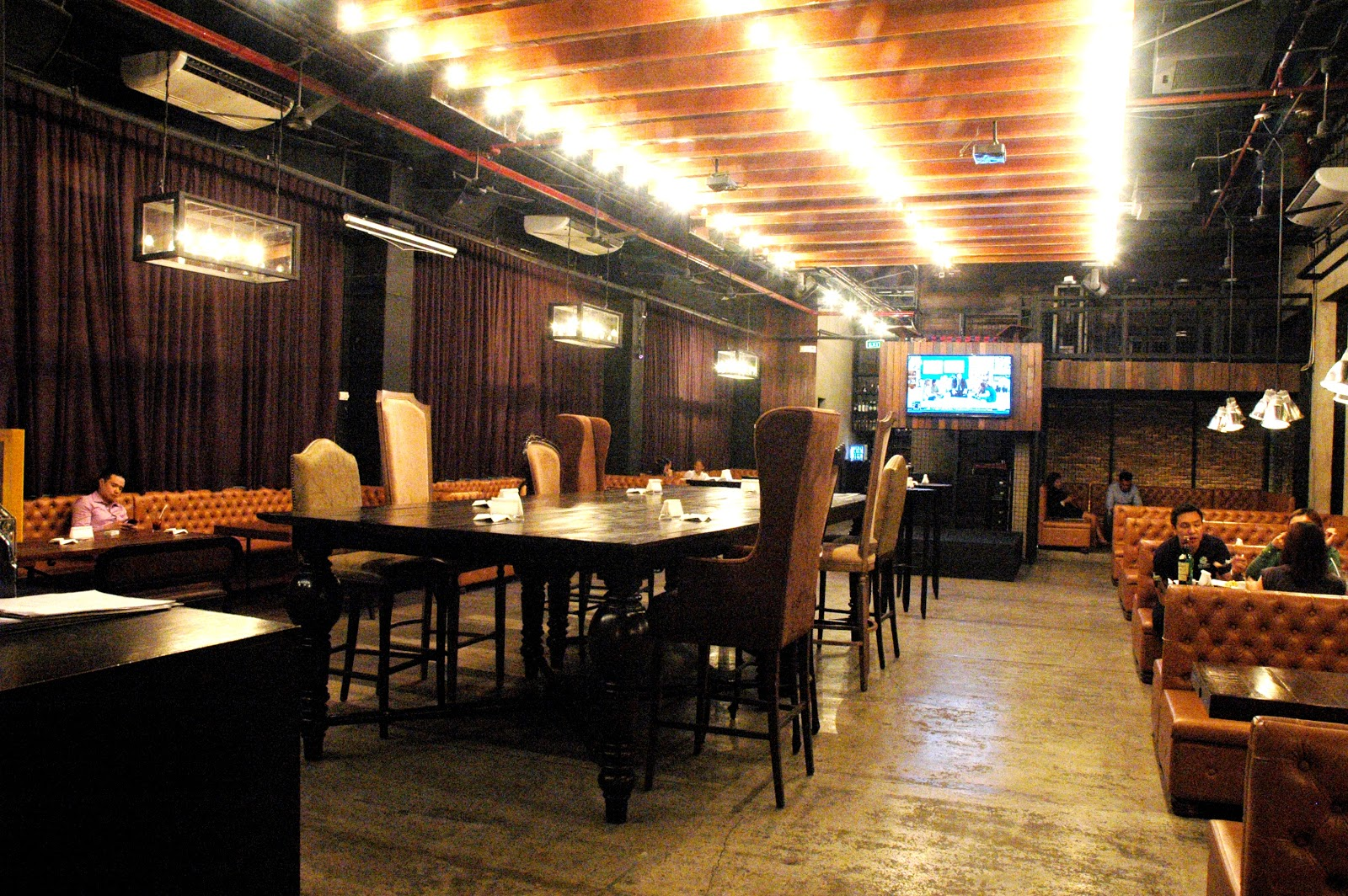 URBN Bar and Kitchen4.JPG